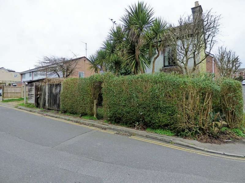 2 Bedrooms Detached House for sale in PARKSTONE