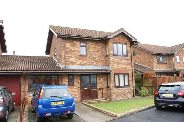 3 Bedrooms Detached House for sale in Lon Yr Ysgol, Llangennech, Llanelli, Carmarthenshire