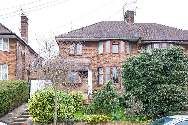 3 Bedrooms Semi Detached House for sale in Northiam, Woodside Park, London, N12