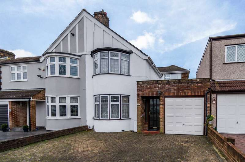 3 Bedrooms Semi Detached House for sale in Gloucester Avenue, Sidcup, DA15 7LP