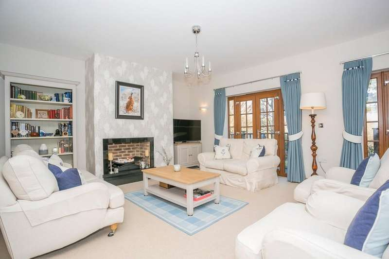 5 Bedrooms Detached House for sale in Little Trodgers Lane, Mayfield