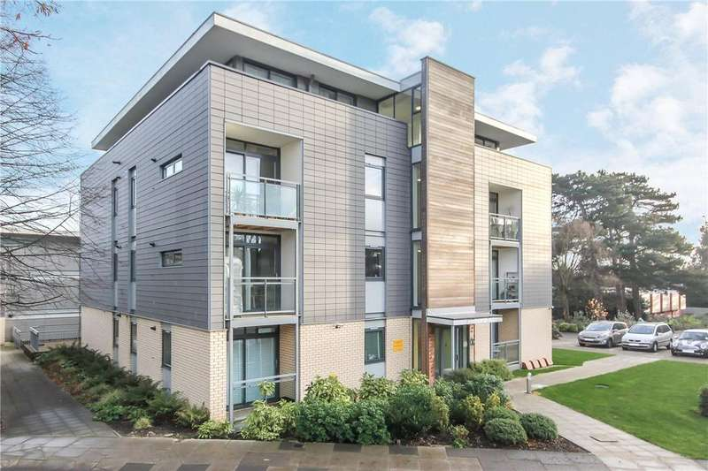 1 Bedroom Flat for sale in Magdalen Court, Newsom Place, St. Albans, Hertfordshire