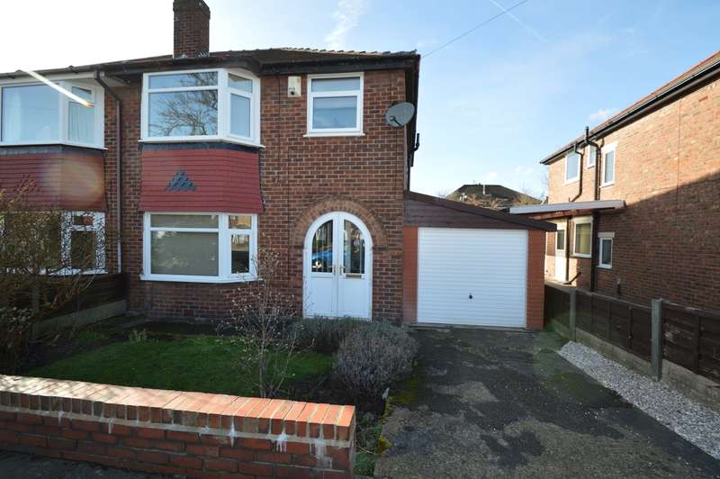 3 Bedrooms Semi Detached House for sale in Alexander Drive, Unsworth, Bury, BL9