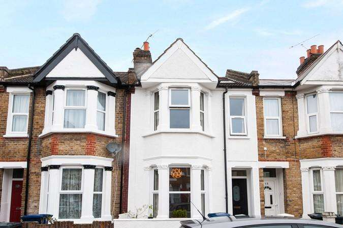 3 Bedrooms House for sale in Jessamine Road, Ealing