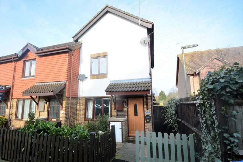 2 Bedrooms End Of Terrace House for sale in The Halliards, WALTON ON THAMES KT12