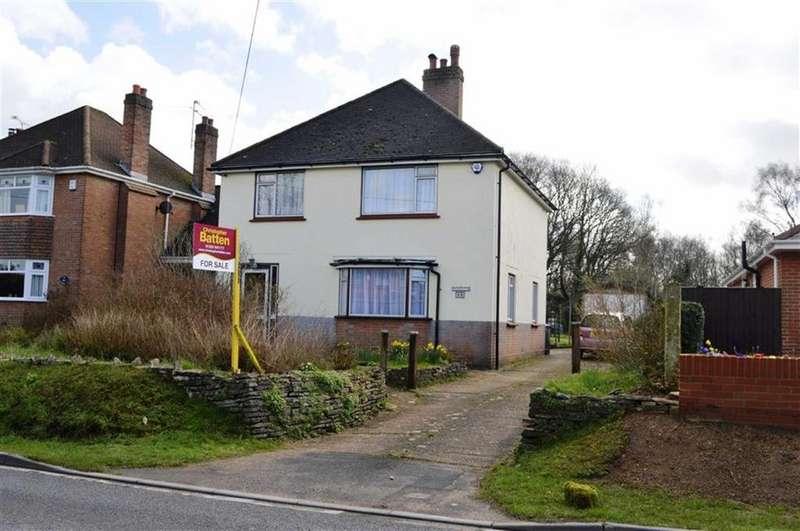 3 Bedrooms Detached House for sale in Wimborne Road, Wimborne, Dorset