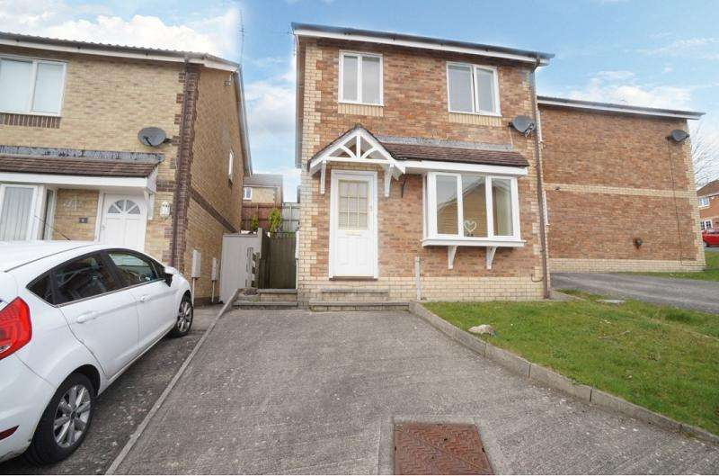 3 Bedrooms Semi Detached House for sale in Chamomile Close, Pontprennau, Cardiff. CF23 8RE