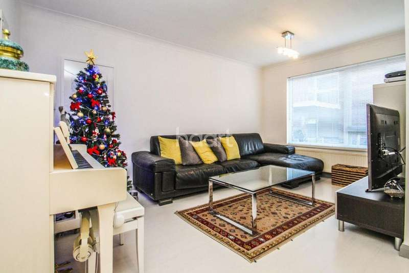 2 Bedrooms Flat for sale in Gloucester Court, SM2
