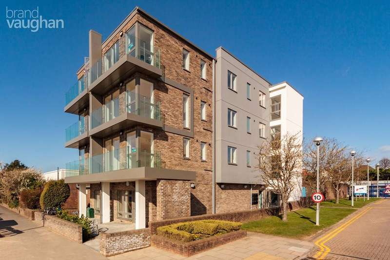 2 Bedrooms Flat for sale in Portland Road, Hove, BN3