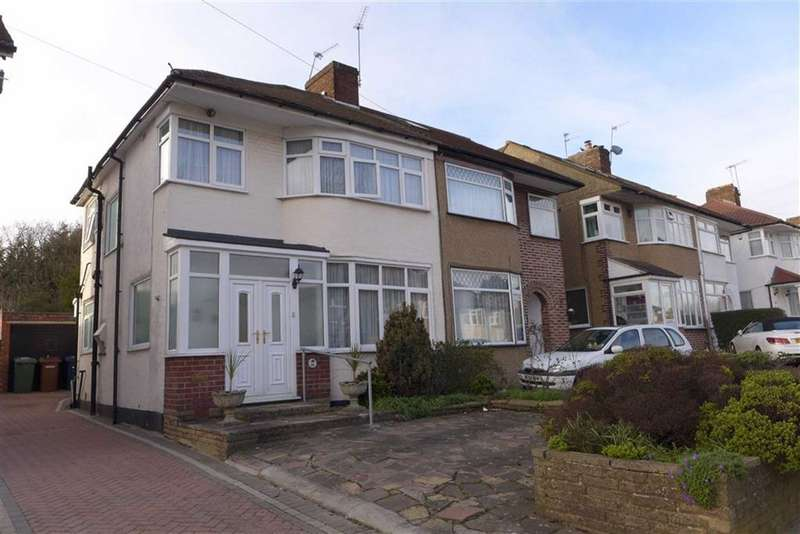 3 Bedrooms Property for sale in Bellamy Drive, Stanmore, Middlesex