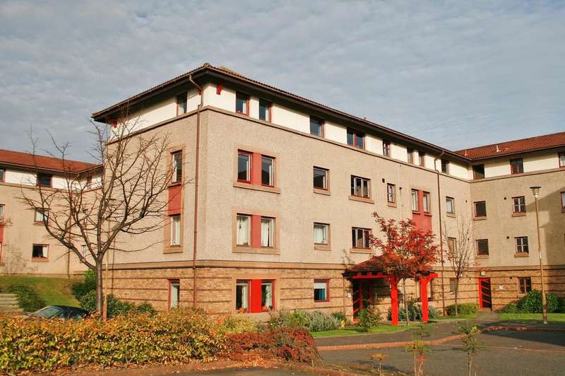 1 Bedroom Flat for sale in 1/8 North Werber Place, Fettes, Edinburgh EH4 1TE