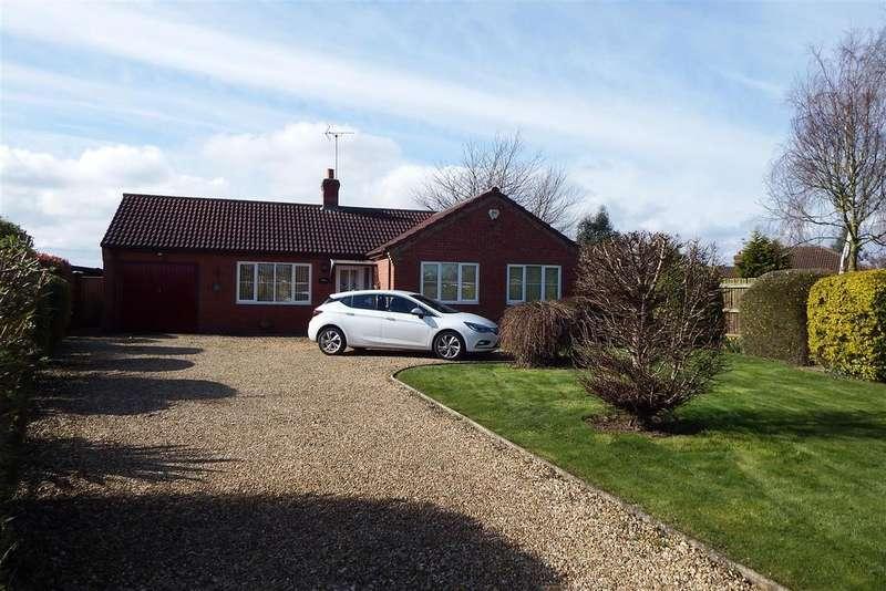 3 Bedrooms Detached Bungalow for sale in Cherry Lane, Fleet Hargate
