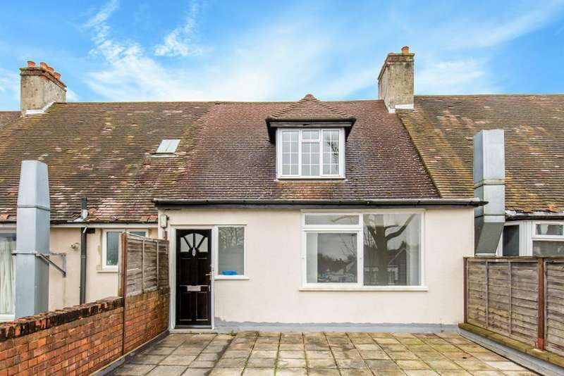 3 Bedrooms Maisonette Flat for sale in Limpsfield Road, Sanderstead, Surrey, CR2 9BX