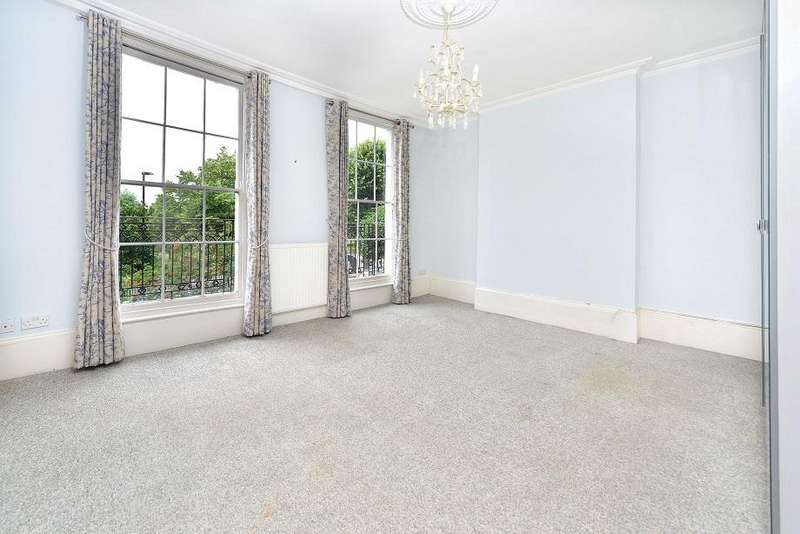 4 Bedrooms Terraced House for sale in Barnsbury Road, London N1