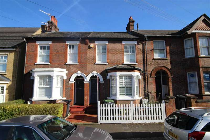 3 Bedrooms House for sale in Rudolph Road, Bushey Village, WD23.