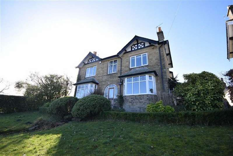 4 Bedrooms Detached House for sale in County Brook Lane, Foulridge, Lancashire