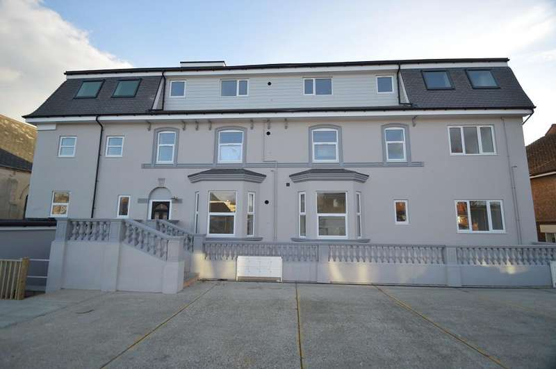 1 Bedroom Flat for sale in The Ridge, Hastings TN34