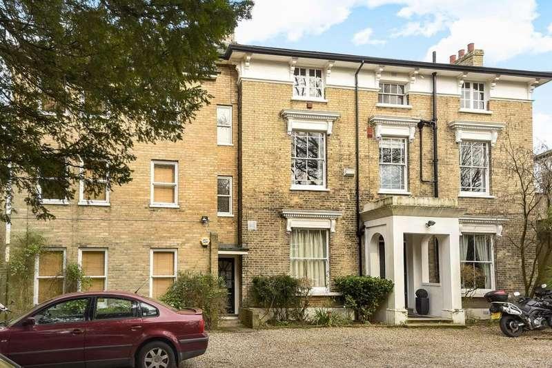 Studio Flat for sale in Inner Park Road, Southfields, SW19