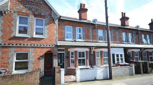 3 Bedrooms Terraced House for sale in Westfield Road, Caversham, Reading