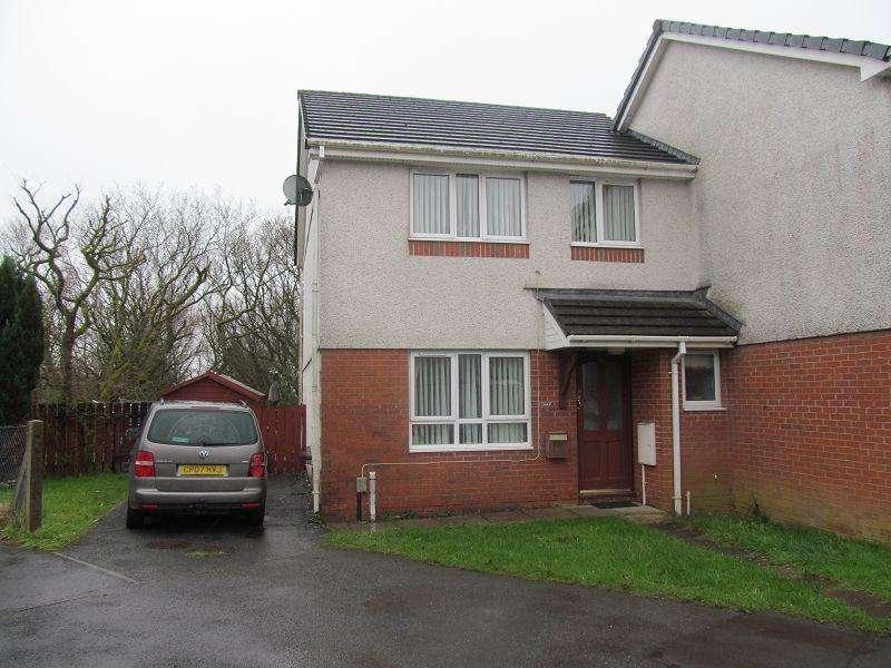 3 Bedrooms Semi Detached House for sale in Clos Rhedyn , Cwmrhydyceirw, Swansea.