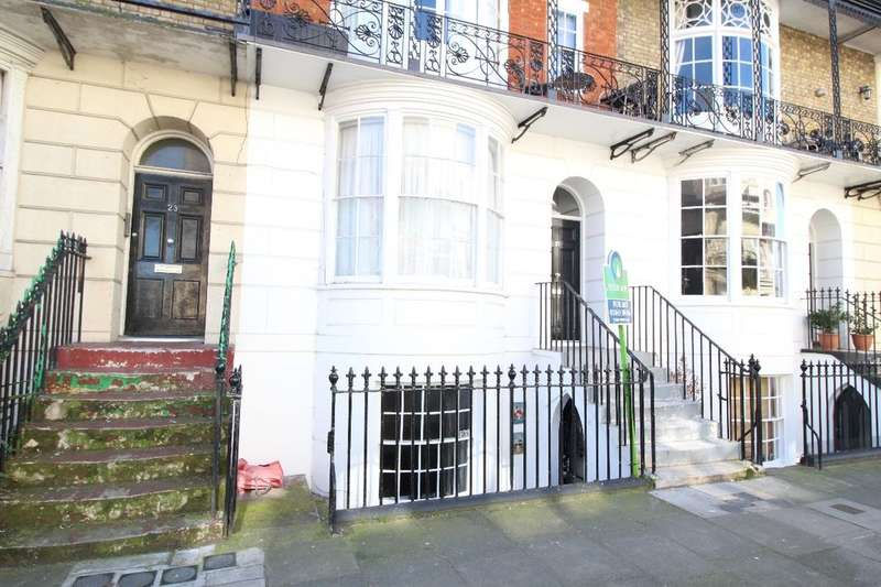 1 Bedroom Flat for sale in Augusta Road, Ramsgate, CT11