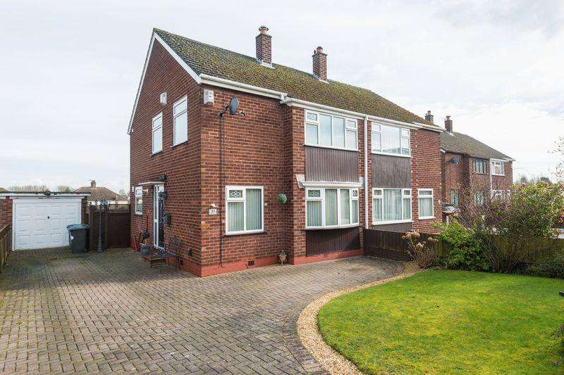 3 Bedrooms Semi Detached House for sale in Ludlow Crescent, Higher Runcorn