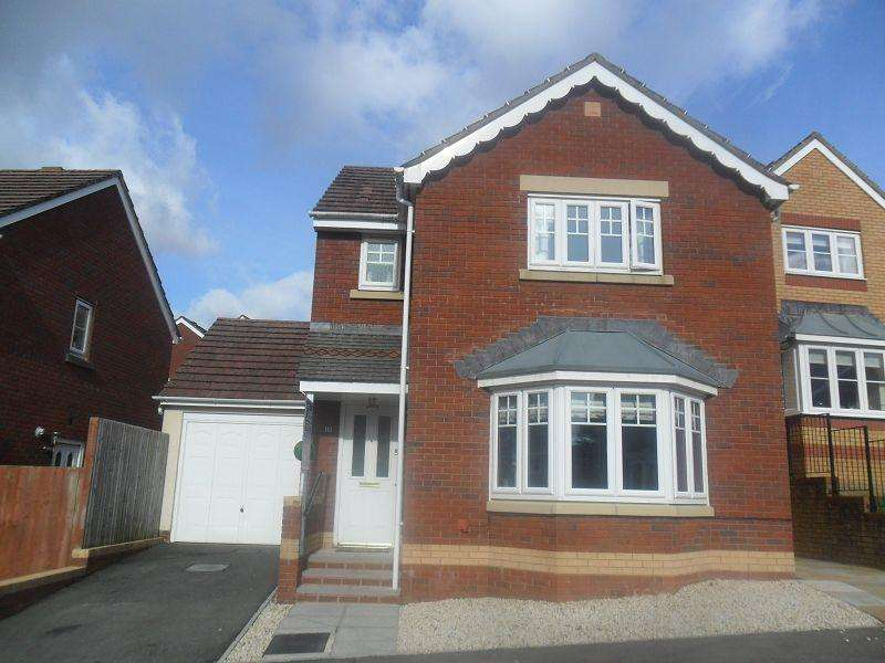 3 Bedrooms Detached House for sale in Parc Gilbertson , Pontardawe, Swansea.