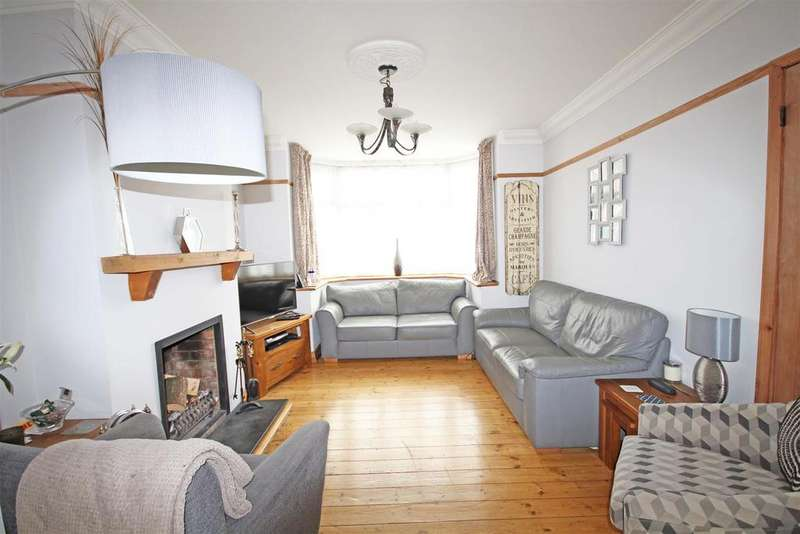4 Bedrooms Semi Detached House for sale in Sharpthorne Crescent, Portslade, Brighton
