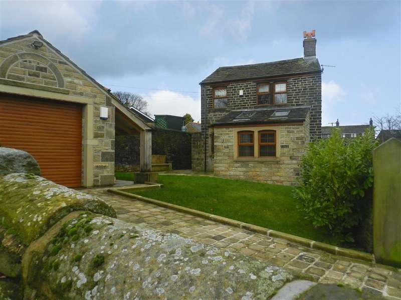 3 Bedrooms Detached House for sale in White Wells Road, Scholes, Holmfirth, HD9