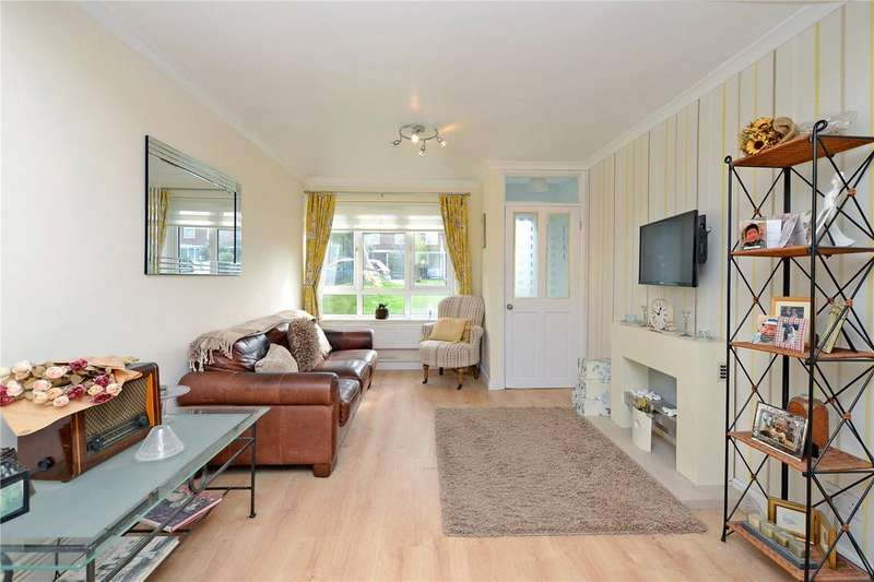 2 Bedrooms Maisonette Flat for sale in Redclyffe Court, 88 Worcester Road, Sutton, SM2