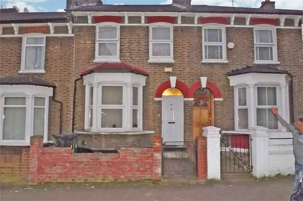 3 Bedrooms Terraced House for sale in Algernon Road, London