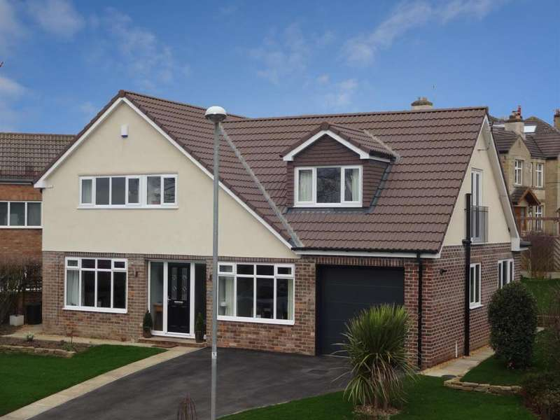4 Bedrooms Detached House for sale in Layton Park Drive, Rawdon