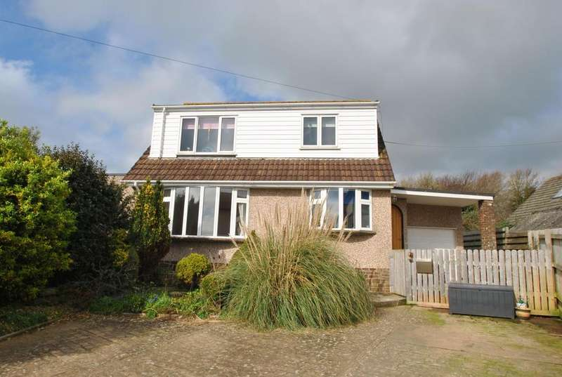 3 Bedrooms Detached House for sale in Valley Road, Bude