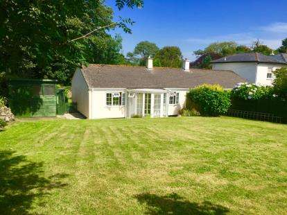 2 Bedrooms Bungalow for sale in Stithians, Truro, Cornwall