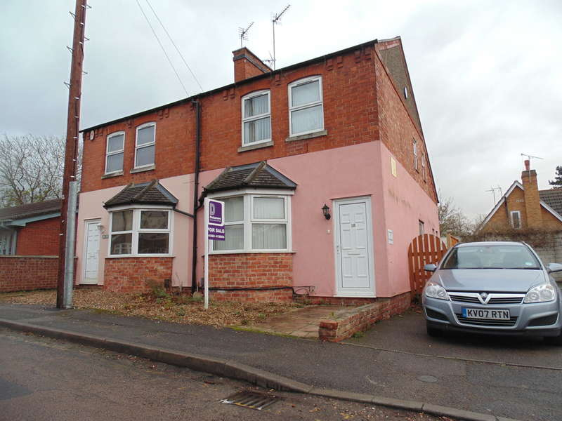 3 Bedrooms Semi Detached House for sale in Rock Road, Finedon