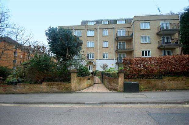 3 Bedrooms Penthouse Flat for sale in Bournemouth, Dorset, BH1
