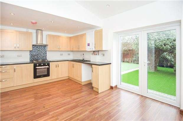3 Bedrooms Flat for sale in Woodfield Avenue, COLINDALE, NW9 6PR