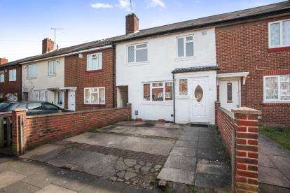 3 Bedrooms Terraced House for sale in Trent Road, Luton, Bedfordshire, Leagrave