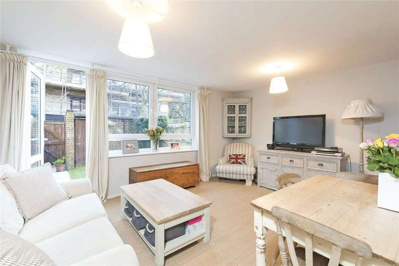 3 Bedrooms End Of Terrace House for sale in Wolsey Court, 41 Westbridge Road, London, SW11
