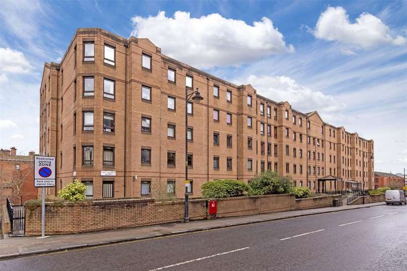 3 Bedrooms Flat for sale in Flat 2/7, 42 West Graham Street, Dalhousie Court, Glasgow, G4