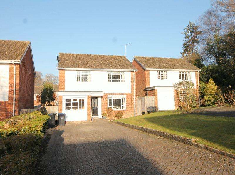 4 Bedrooms Detached House for sale in Kiln Lane, Lindfield, West Sussex