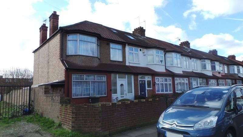3 Bedrooms Terraced House for sale in Orchard Road, Enfield, EN3