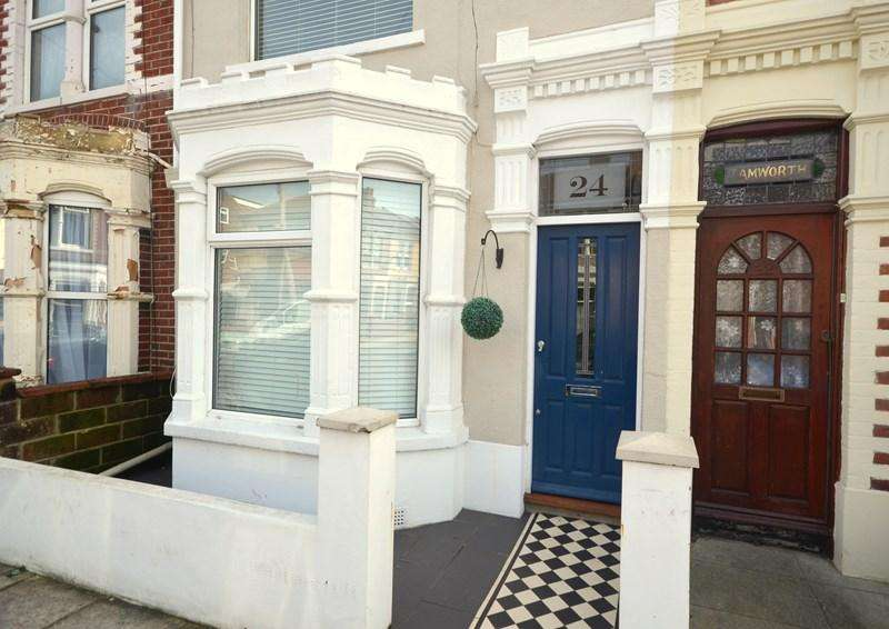 2 Bedrooms Terraced House for sale in Martin Road, Baffins, Portsmouth