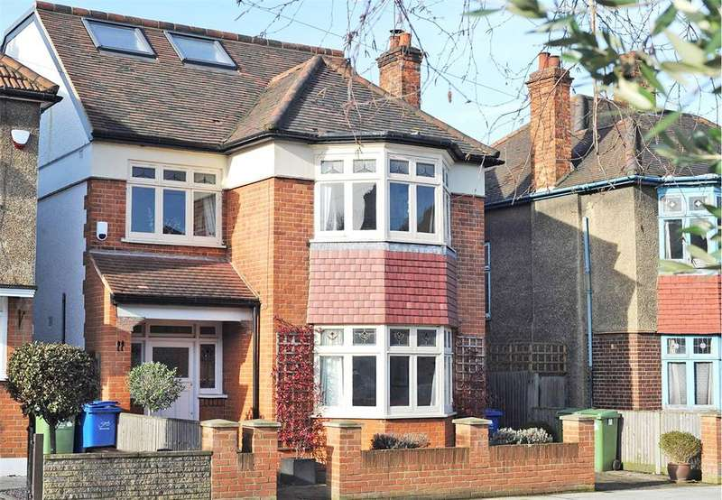 4 Bedrooms Detached House for sale in Dovedale Road, East Dulwich, London, SE22