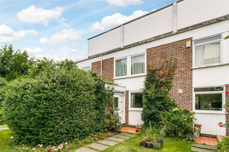 4 Bedrooms House for sale in Whitefield Close, Putney, London