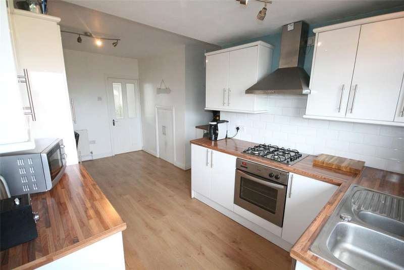 2 Bedrooms Terraced House for sale in Kathleen Grove, Old Clee, DN32