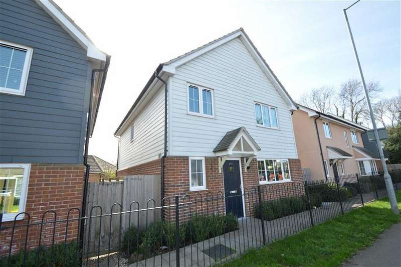 4 Bedrooms Detached House for sale in Rectory Road, Rochford, Essex