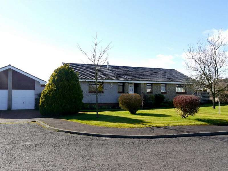 4 Bedrooms Detached Bungalow for sale in 8 Mawcarse Crossroads, By Milnathort, Kinross-shire