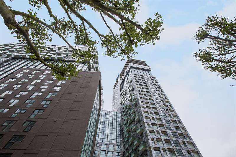 1 Bedroom Flat for sale in Talisman Tower, 6 Lincoln Plaza, Canary Wharf, London E14