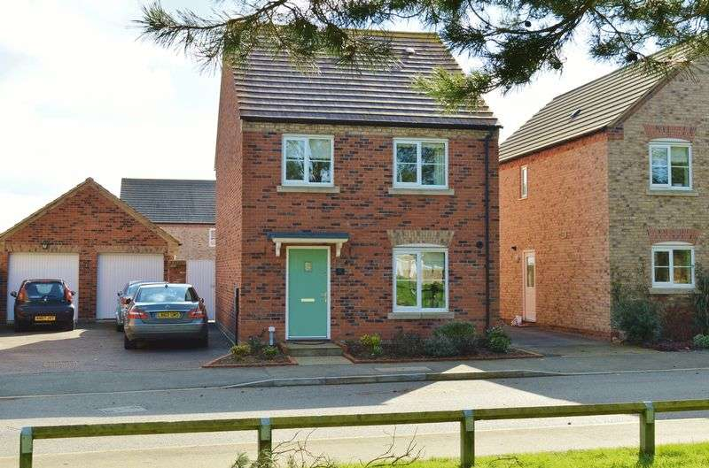 4 Bedrooms Detached House for sale in Hunts Field Drive, Gretton